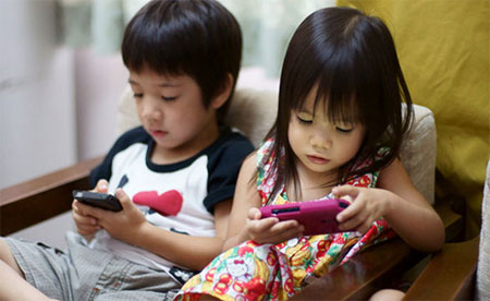 4 điều nên làm trước khi trao Smartphone cho con