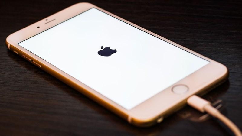 Hướng dẫn khắc phục tình trạng iPhone sạc pin đến 80% thì dừng lại